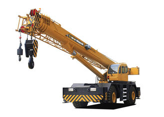 4X4 	Hydraulic Mobile Crane 70 Ton 4 By 4 For Construction And Engineering